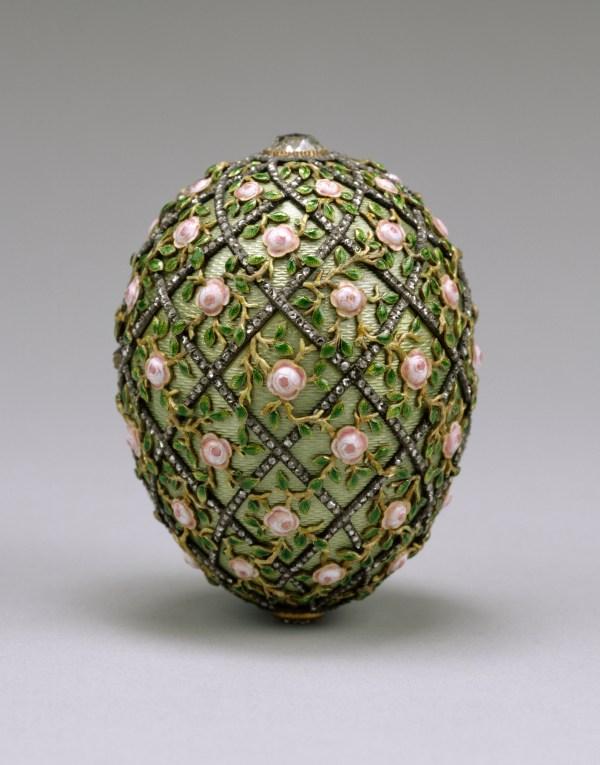 House of Fabergé Rose Trellis Egg - Easter egg jewellery