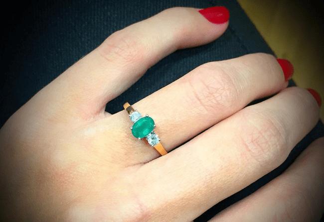 emerald3stonering