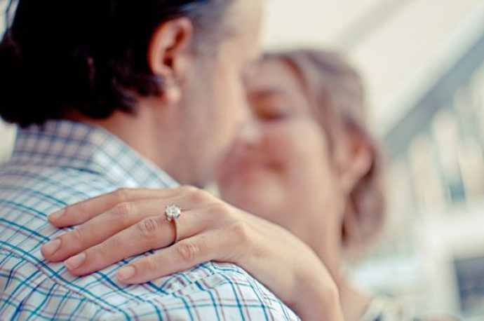On which finger should you wear an engagement and wedding ring wearing engagement and wedding rings on which finger junglespirit Choice Image