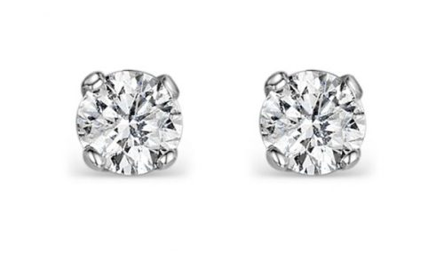 Best Gifts for Mum - diamond stud earrings