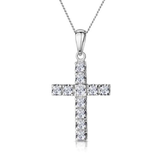 12 Best Diamond Cross Necklaces
