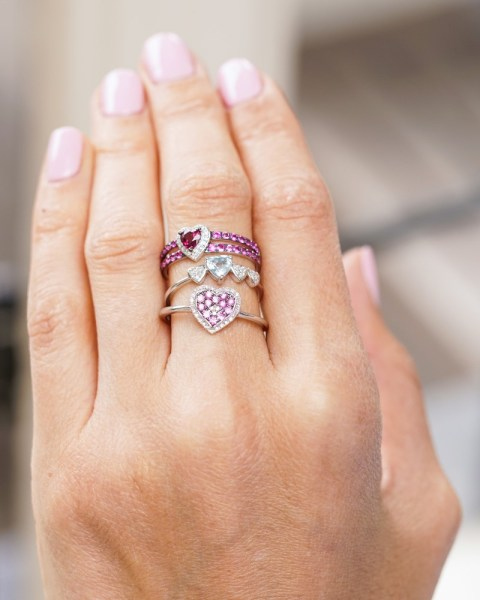How do you wear stacking rings? Guide to stacking your rings like a pro