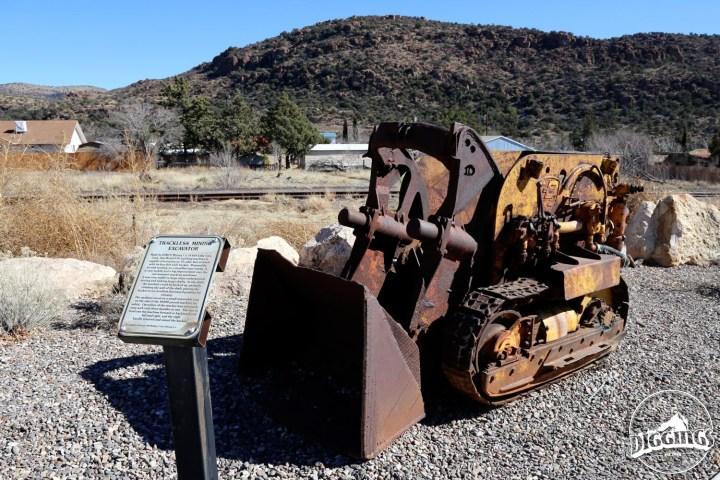 Trackless Mining Excavator