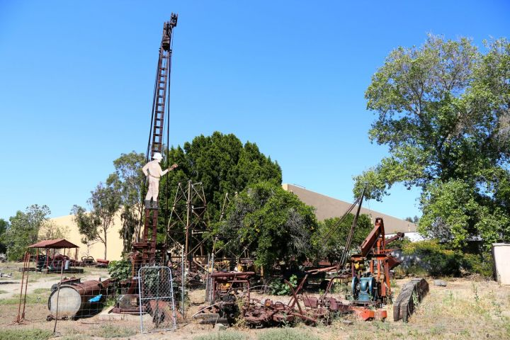 A collection of early drilling equipment.