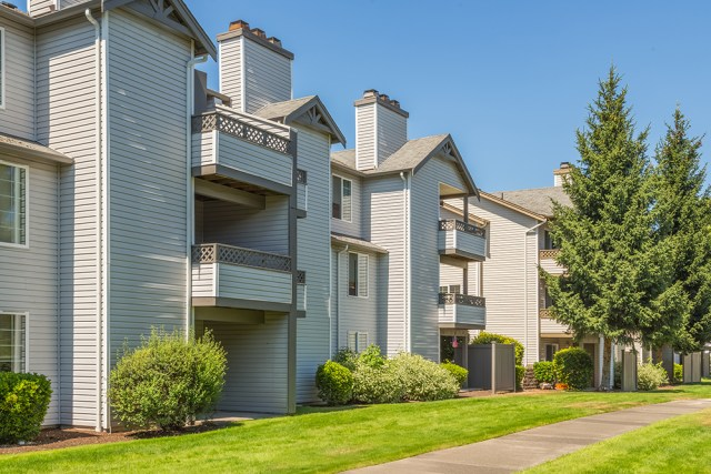 HFF, Beaumont Grand, Grand Peaks Properties, PCCP LLC, Holliday Fenoglio Fowler, Lakewood, Security Properties,