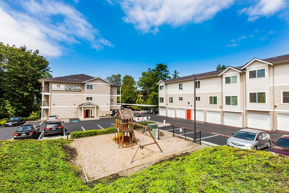 Summerfield Commercial, Redtown Apartments, Renton, Avaya At Town Center  52, Lake Union