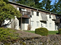 Seattle, Summerfield Commercial, Cedar Park Apartments, Bremerton, Kitsap County, 4020 Bledsoe Avenue, garden-style community
