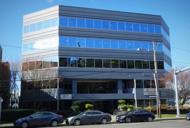 Newmark, Eastlake Office Building, Seattle, Lake Union, San Francisco, Standard & Poor, United States, Eastlake Avenue East