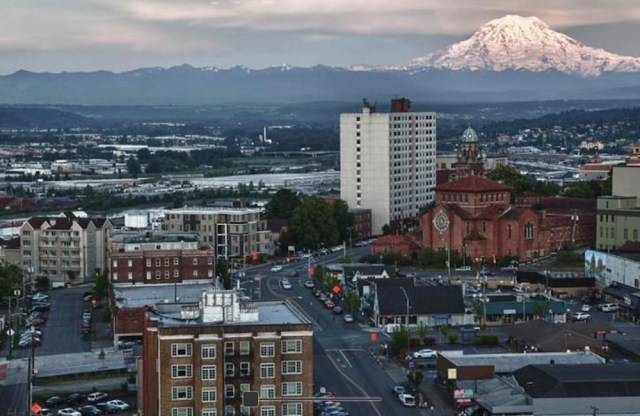 Seattle, Vista Del Ray Apartments, Tacoma, Stadium District, Curtis Capital Group, Pierce County records, Investors Management Group Inc.