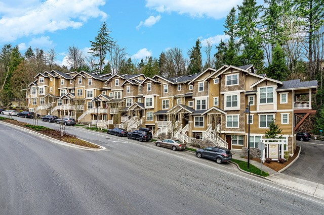 Issaquah, Kidder Mathews, Calabria, Fourth Avenue Capital, The Simon and Anderson Team, Fourth Avenue Capital