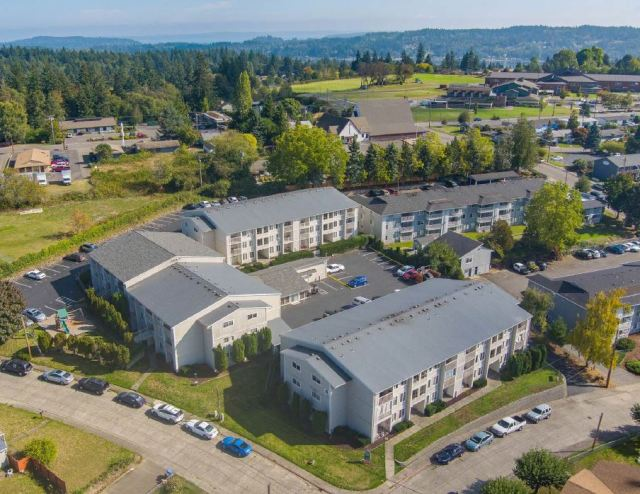 Bremerton, Cedar Glen Apartments, Maple Manor Apartments, Kitsap, Marcus & Millichap, Seattle