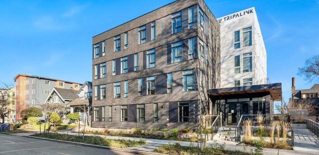 Fifty Two Apartments, Seattle, Mayer Built Homes, University of Washington, The Ave, Acacia Capital, Pastakia & Associates