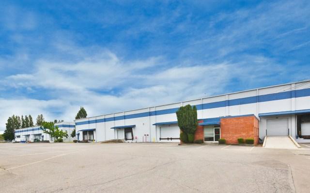 Beaverton, BKM Capital Partners, Fry Distribution Center, TC US Partners, Portland, Cushman & Wakefield