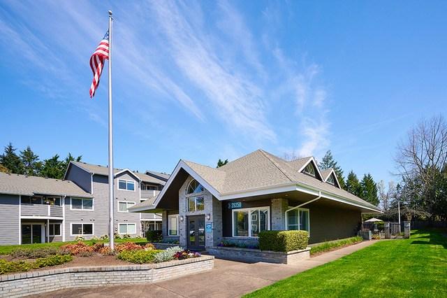 JLL, RISE Properties Trust, Curtis Capital Group, Wilsonville, TownCenter Park