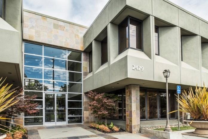 Palo Alto Embarcadero Corporate Center 2479 East Bayshore Road Belmont Embarcadero Capital Partners Newmark Grubb Knight Frank San Francisco REIT Caltrain