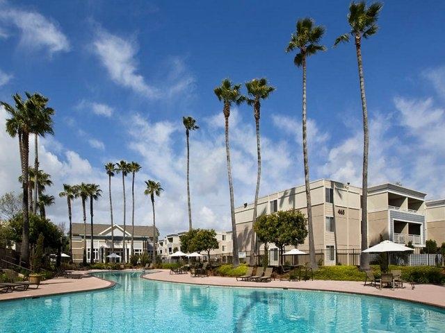Pacific Northwest, Kennedy Wilson, Happy Valley, Oregon, Gresham, Seattle, Portland apartment investment housing living acquisition Kent