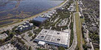 Facebook's West Campus, Menlo Park, Gehry, West Campus, Facebook, Bayfront Expressway, Chilco Street, Marsh Road, TE Connectivity, Watry Design, Oracle, Bohannon Company, Bayfront, Bayshore