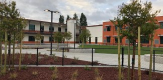 USS Cal Builders, Bishop Elementary School, American Modular Systems, Aedis Architects, Ben7, Northern California, North America
