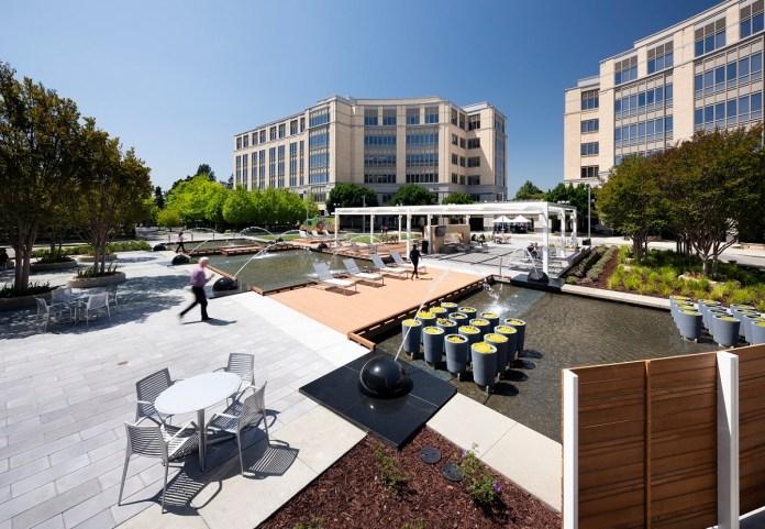 Columbia Property Trust, University Circle, East Palo Alto, Silicon Valley, Four SeasonsHotel Silicon Valley, DLAPiper, Amazon Web Services