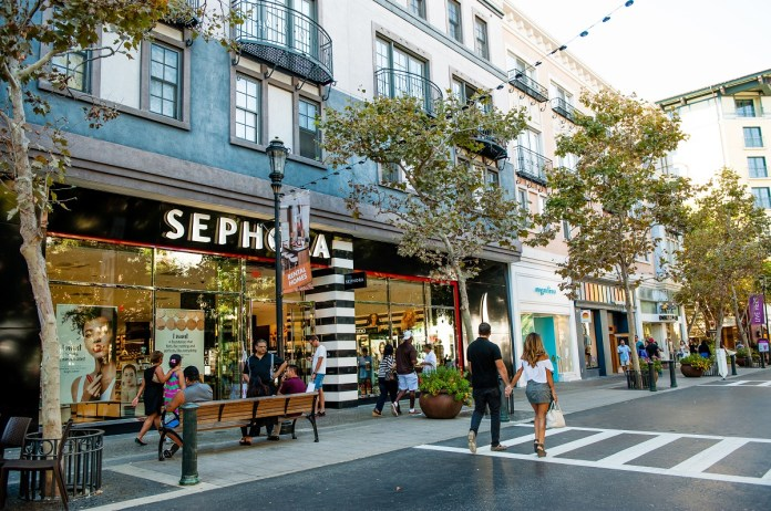 Santana Row, San Jose, Bay Area, Splunk, Silicon Valley, Vince, Brandy Melville, TravisMathew, Sauced BBQ & Spirits, Cosecha, Northern California, Federal Realty Investment Trus