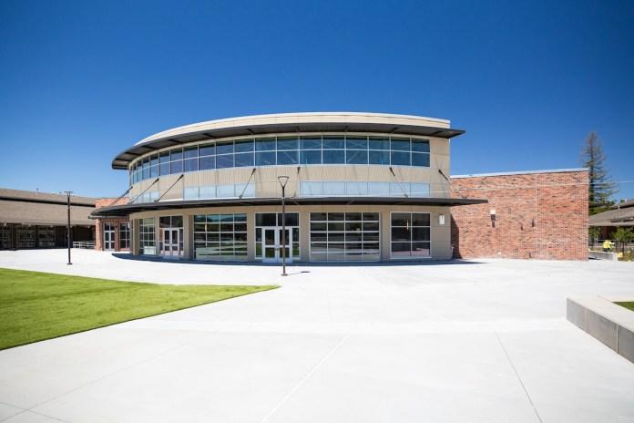 Lynbrook High School, Blach Construction, Quattrocchi Kwok Architects, Fremont Union High School District