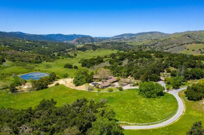 Apple, Carmel Valley, Mike Markkula, Rana Creek Ranch, Hall and Hall