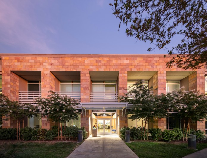 The Pointe, Redwood City, CBRE, GI Partners, Vertical Ventures, Stanford, UC Berkeley,