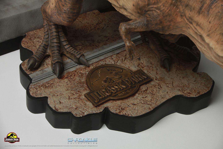 Jurassic Park T Rex Breakout Diorama 007