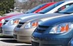 خدمة استئجار السيارات