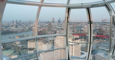 إطلالة على لندن من داخل الكبسولات (Newport Eye-Flickriver)
