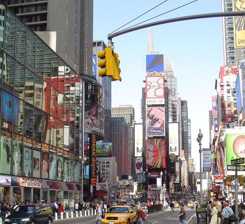 812c69366 نيويورك الأفضل للتسوق ودبي التاسعة عالميا