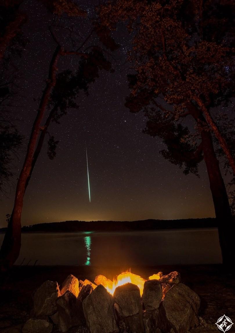 أمريكا-بحيرة كير-لهب نيزك بيرسيد-أجمل صور الفضاء
