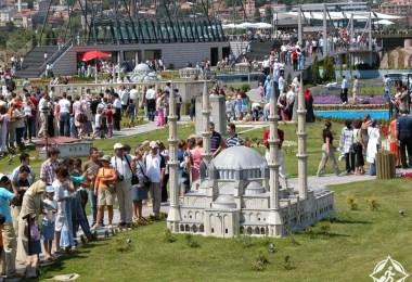 تركيا-اسطنبول-حديقة ميني تورك-أماكن سياحية للأطفال في إسطنبول