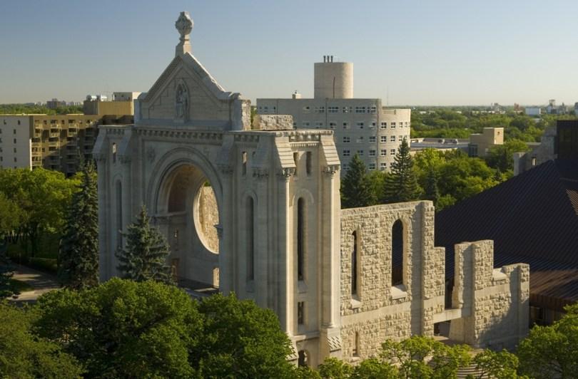 وينيبغ - كاتدرائية سانت بونيفاس