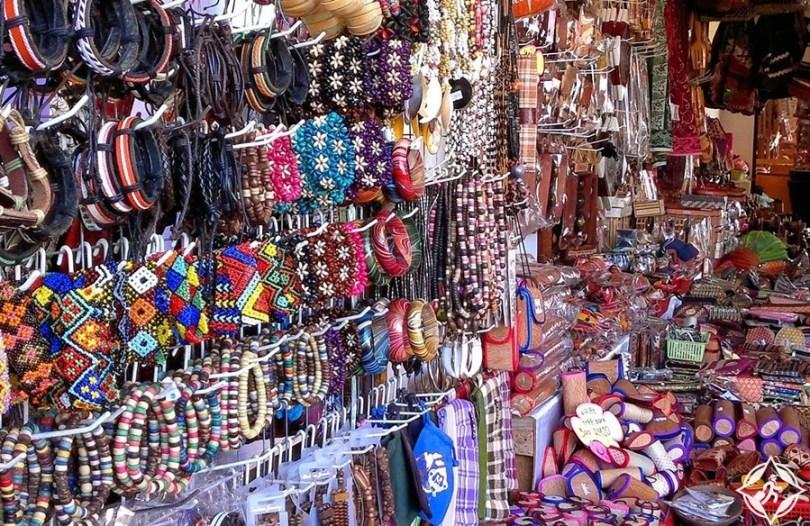 كوتا كينابالو - سوق الحرف اليدوية