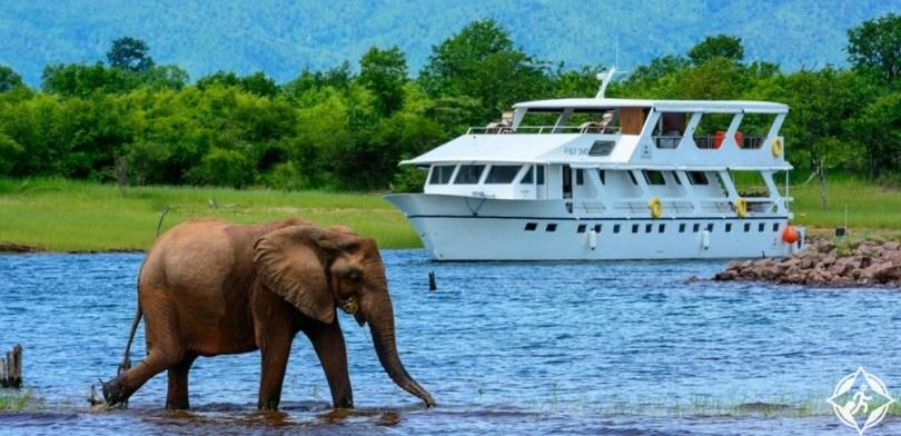أفريقيا - بحيرة كاريبا