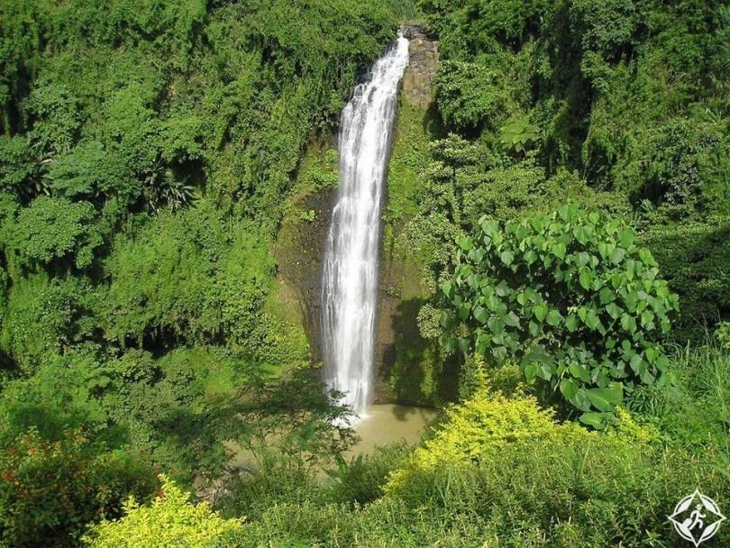 الشلالات في الفلبين - شلالات ألالوم