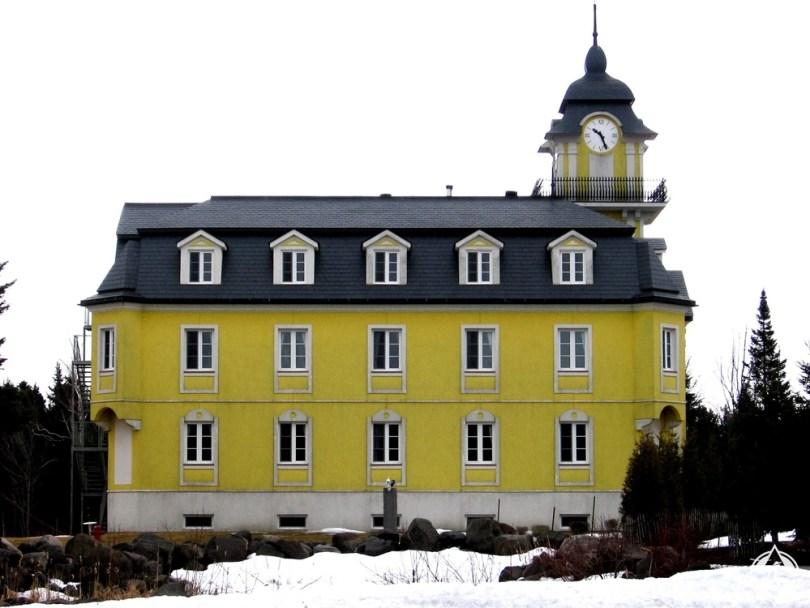 ليفيس - كنيسة سانت نيكولاس