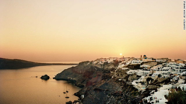 how to get sigalas santorini in the united states
