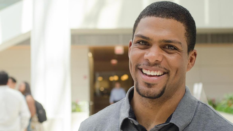 Chicago Booth alum Jason Wright named NFL's first Black team president |  University of Chicago News