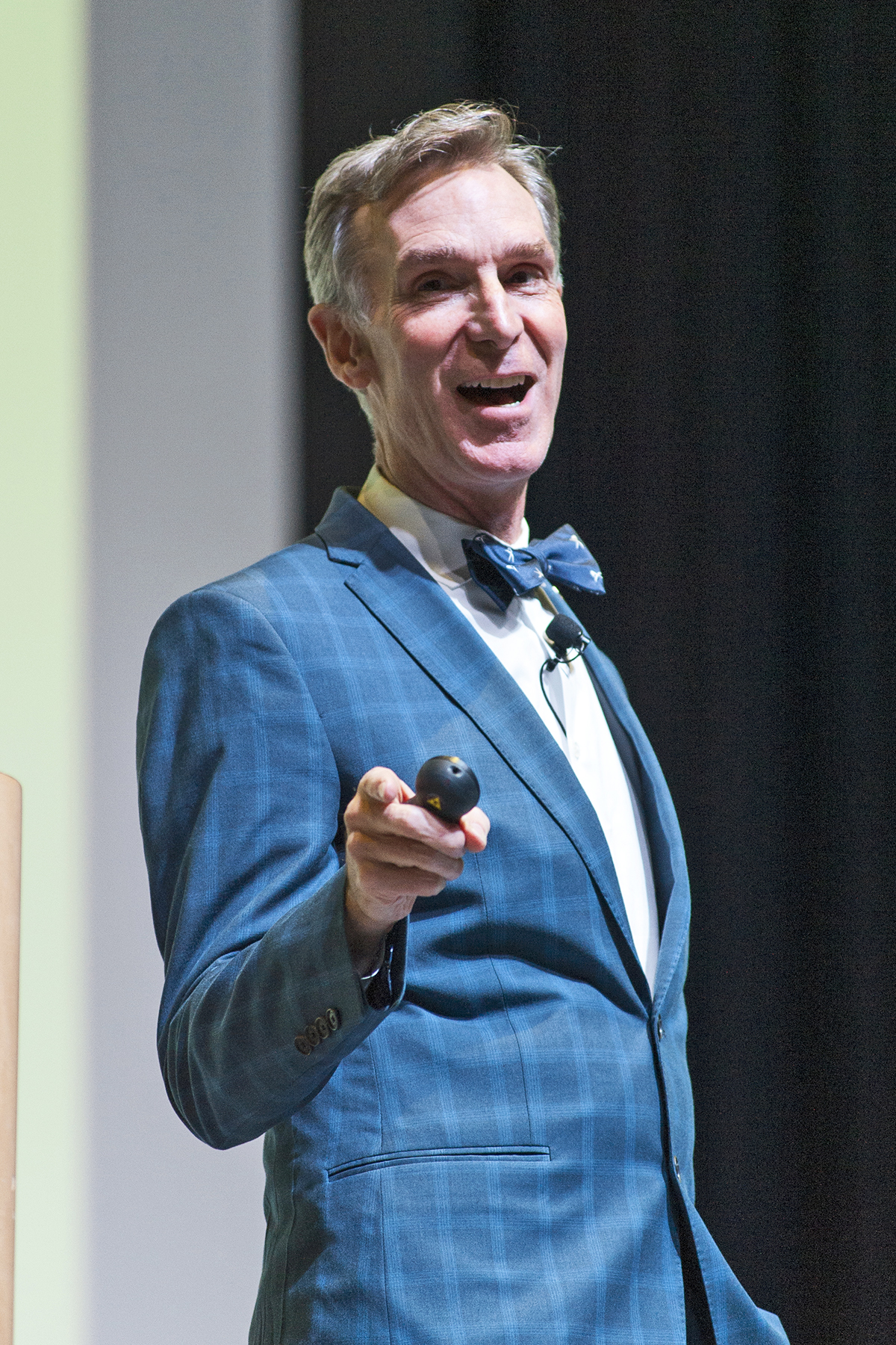 Bill Nye Tells Uic Students I Want You To Change The