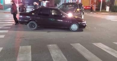 Foto // Accident rutier la intersecția străzilor Națională și Vasile Alecsandri din mun. Ungheni