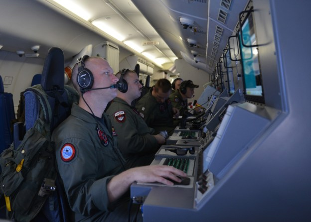 Navy Pulls Second Destroyer from Search for Missing Malaysian Airliner, Moves Search Aircraft Closer to Australia