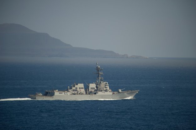 USS Sterett (DDG 104) participates in a straits transit exercise on May 23, 2014. US Navy Photo