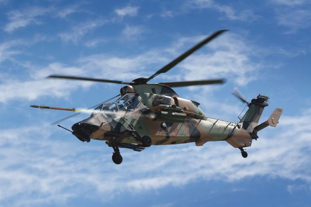 BAE Conducts First APKWS Flight Test on Aussie Helo; U.S. Army Contract Expected Soon