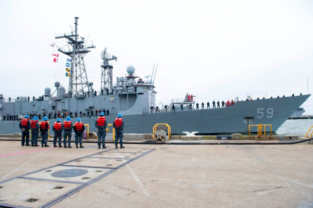 Frigate USS Kauffman Decommissions Today in Norfolk, Ship Set for Foreign Military Sale