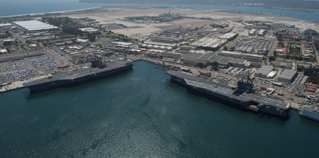 Carrier USS George Washington Departs San Diego After 4-Day Delay for Repair Work
