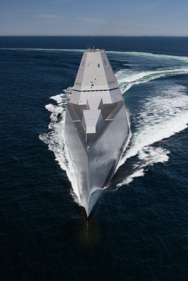 Destroyer Zumwalt (DDG-1000) transits the Atlantic Ocean during acceptance trials with the Navy's Board of Inspection and Survey (INSURV). US Navy Photo