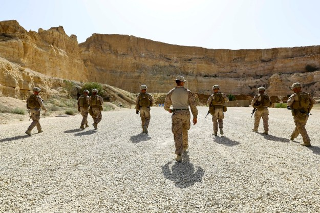 U.S. Marines with 2nd Battalion, 7th Marine Regiment , Special Purpose Marine Air Ground Task Force Crisis Response Central Command 16.2, participate in a live fire range during Exercise Eager Lion 16 at King Abdullah II Special Operations Training Center, Kingdom of Jordan on May 17, 2016. US Marine Corps Photo