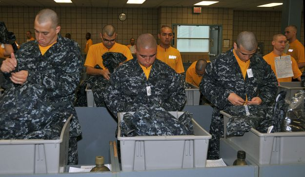 Document: Navy Instruction Phasing Out 'Blueberry' Working Uniform